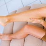 Почему сводит ноги судорогой — как справиться со спазмом мышц?