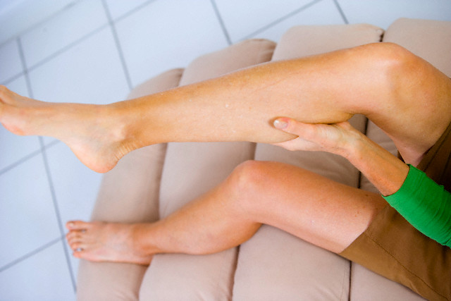 Судороги в ногам могут быть признаком болезни